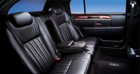 Lincoln Town Car Tenafly Limousine